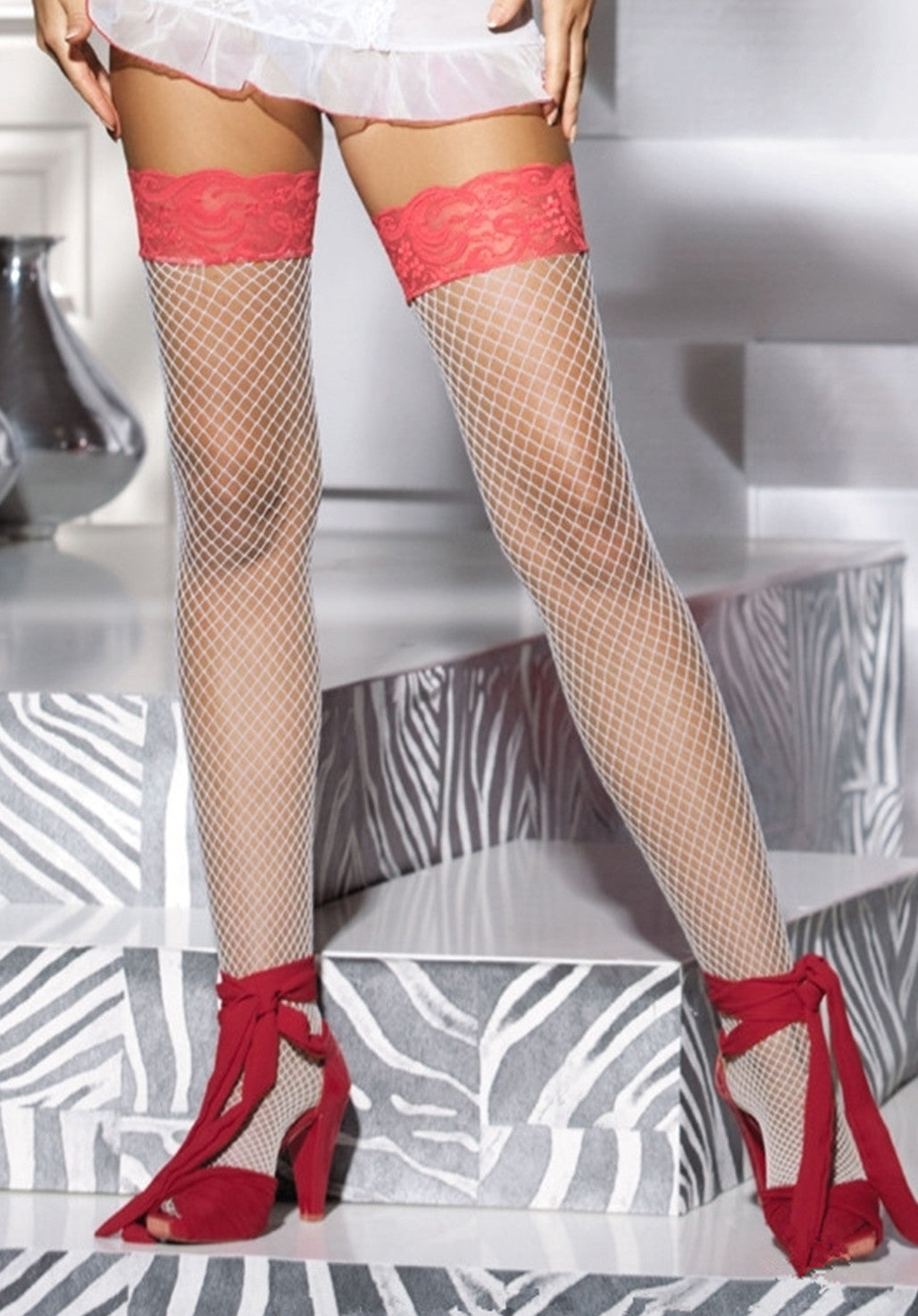 Ooh La La - Fish Net Stay-Up Stockings in White and Pink