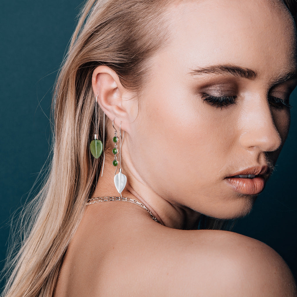 Airborne Earrings Mother of Pearl