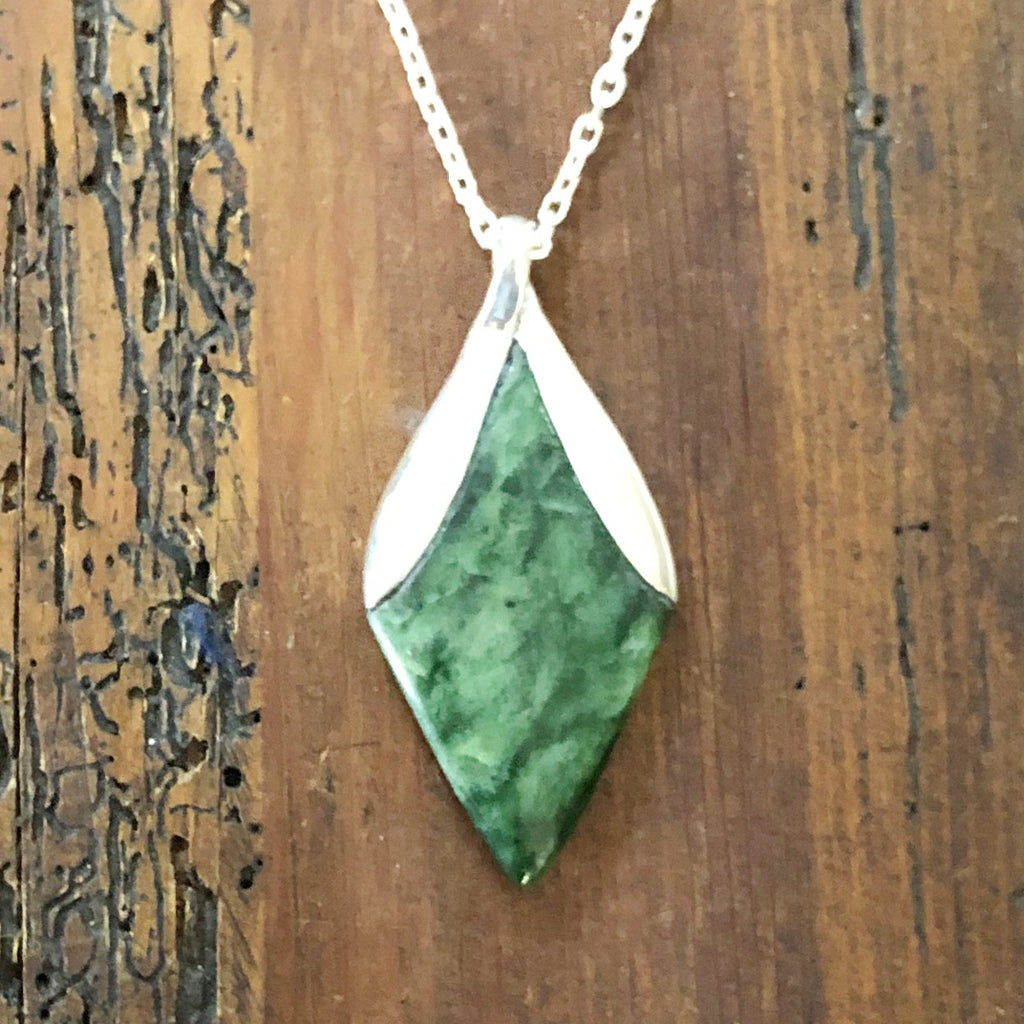 Pounamu New Bloom Pendant #4