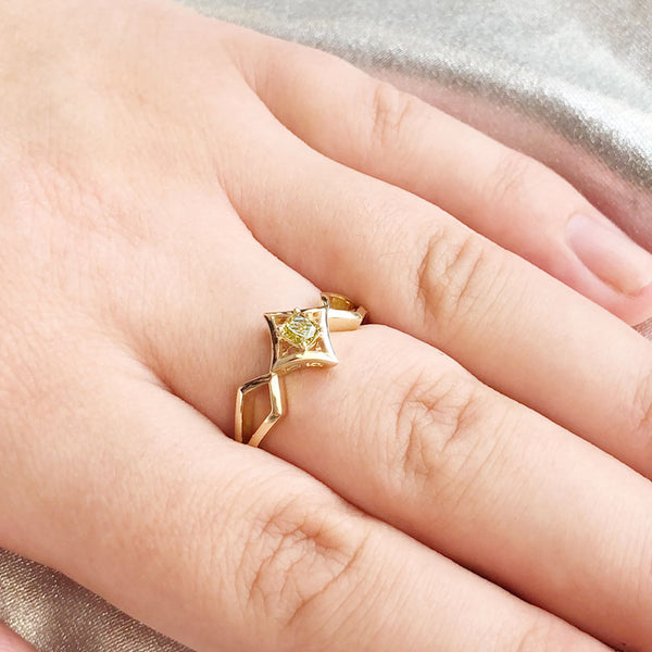 Celestial Elf Queen Golden Lime Diamond Ring in 9 carat Yellow Gold
