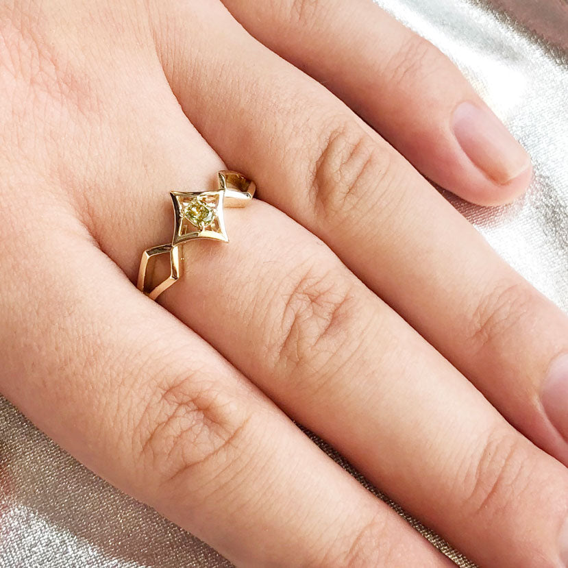 Celestial Elf Queen Deep Lime Diamond Ring in 9 carat Yellow Gold