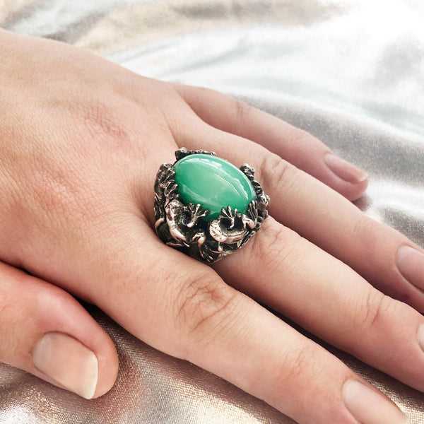 Brilliant Green Crysoprase Froggy Ring