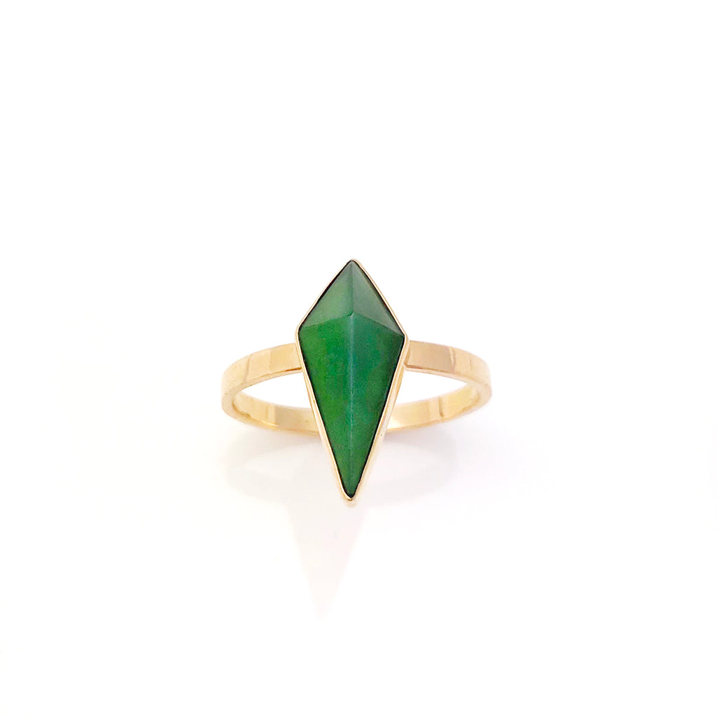 14 carat Gold Pounamu Pinnacle Ring