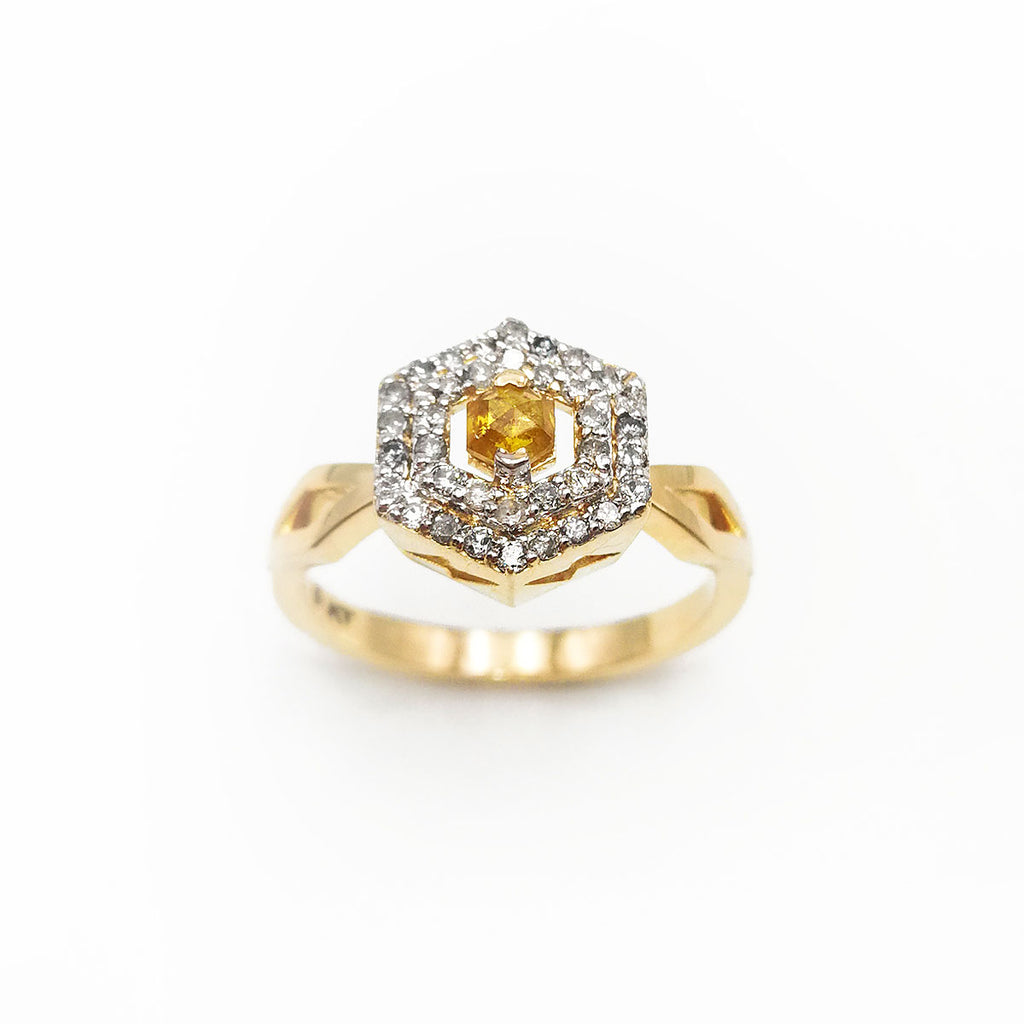 Space Odyssey Ring with character Yellow Diamond in 9 carat Yellow Gold
