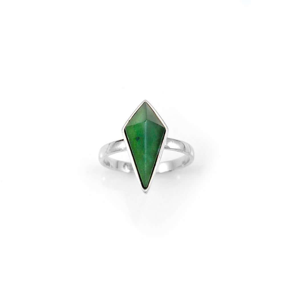 Pounamu Pinnacle Ring