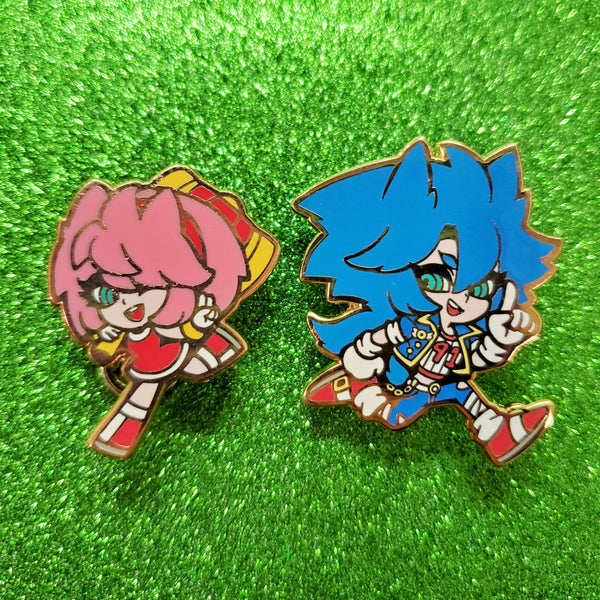 Sonic and Amy Enamel Pins