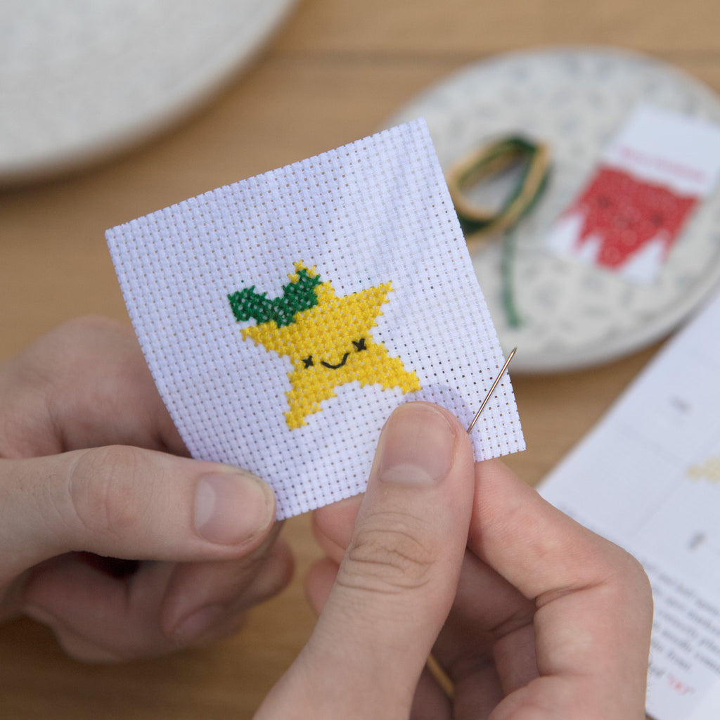 Kawaii Christmas Star Mini Cross Stitch Kit