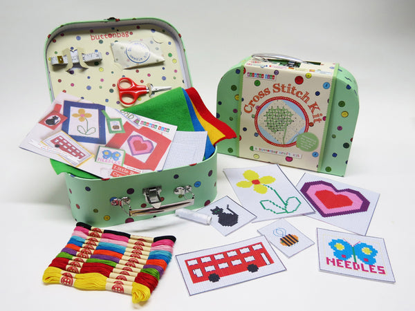 BUTTONBAG - CROSS STITCH SUITCASE