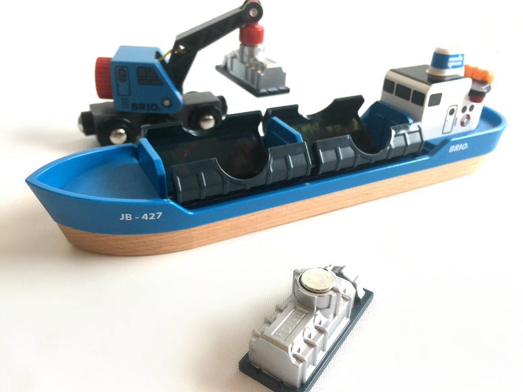 Brio Freight Ship and Crane Brio