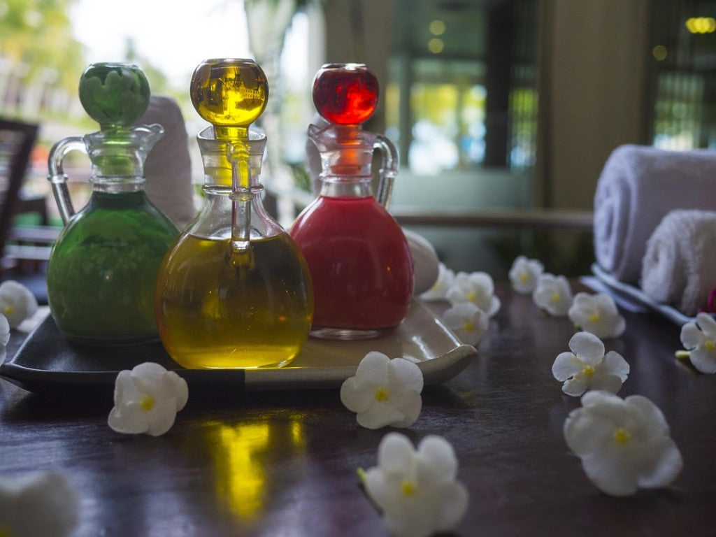 The Healing Arts: Using Essential Oils and Crystals Together