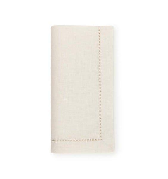 Sferra Festival Oyster Napkins (Sold in Sets)