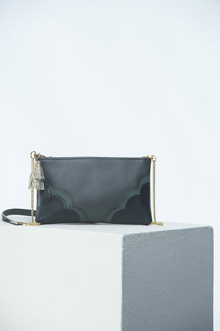The Crossbody Bag in Classic Grey