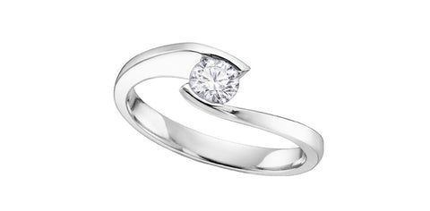 18k Gold Diamond Solitaire Engagement Ring