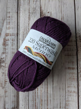 Load image into Gallery viewer, Superwash Merino 220