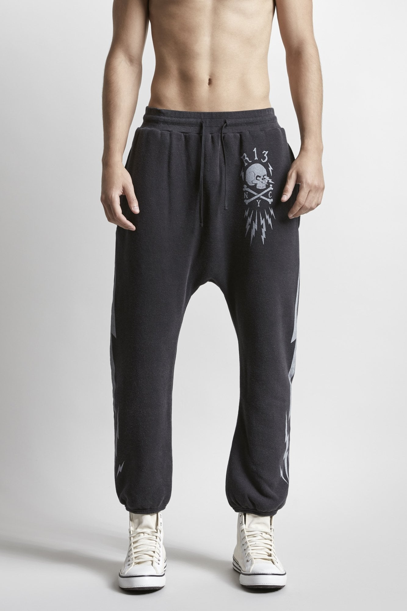 Skull Bolt Field Sweatpants