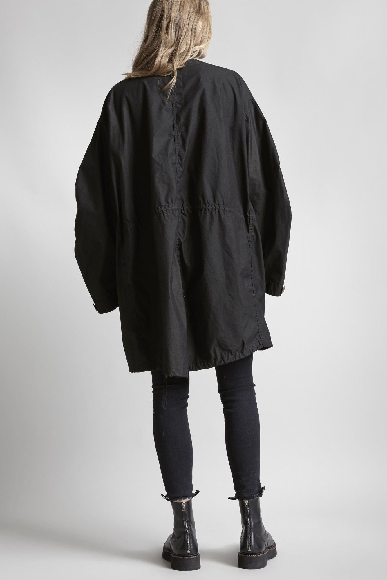 Embroidered Thirteen Parka - Black