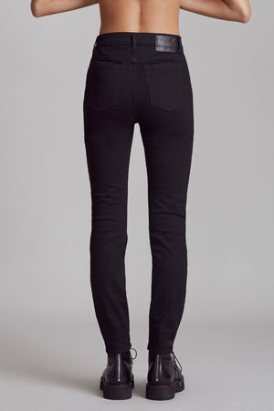High Rise Skinny - Rinsed Black