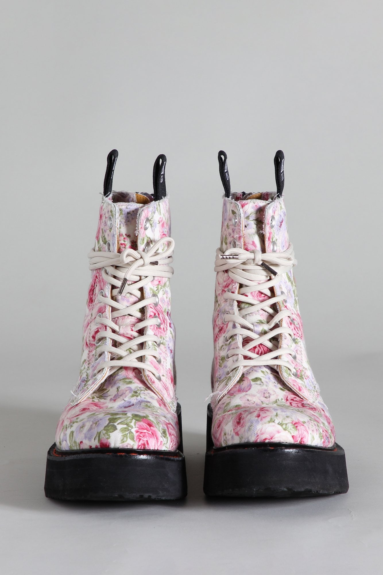 SINGLE STACK LACE-UP BOOTS