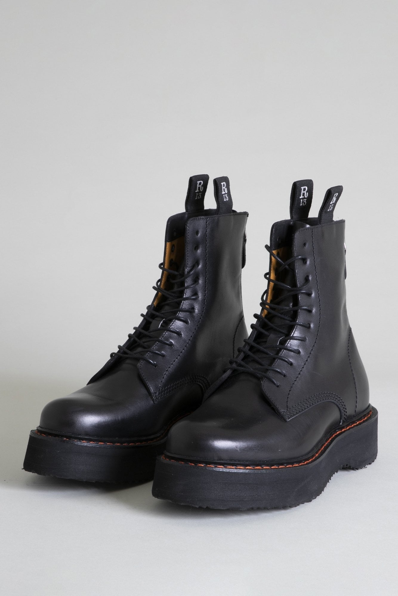 R13 Stack Boot