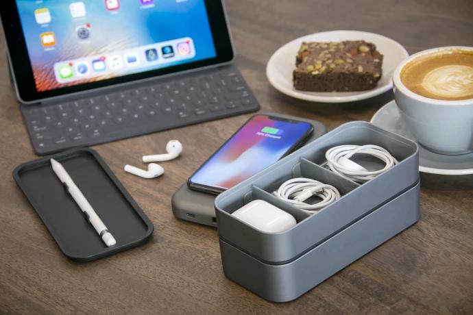 BentoStack CHARGE - Apple Organizer/Qi Charge Top