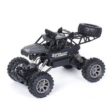 Load image into Gallery viewer, 1:10 4WD RC car update version 2.4G radio remote control car car toy car 2017 high speed truck off-road truck children's toys