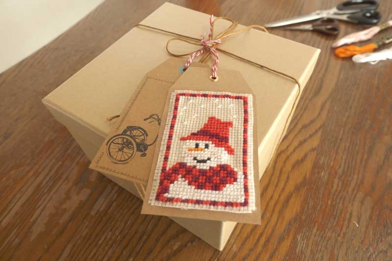 HOW TO FINISH A CROSS STITCH GIFT TAGS