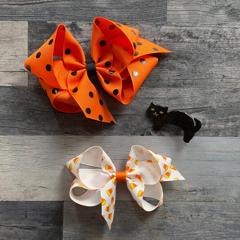 Small Candy Corn Print Bow