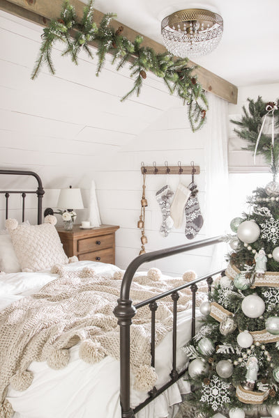 2019 Christmas Bedroom