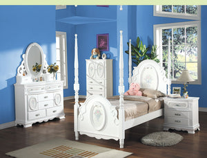 Acme Flora White Wood 4 piece Full Bedroom Set
