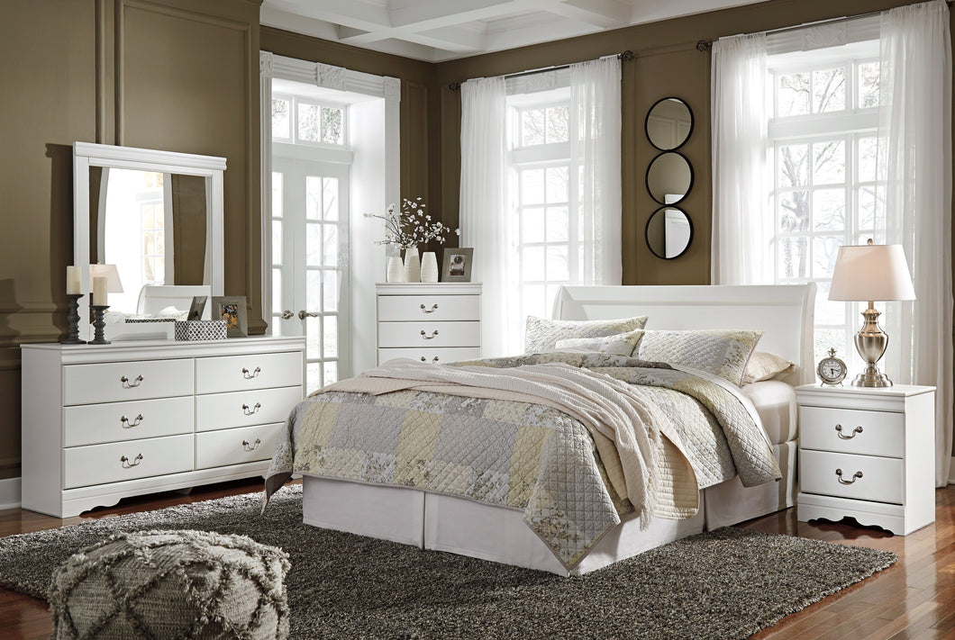 Anarena Traditional White Color Bedroom Set: Queen Sleigh Headboard, Dresser, Mirror, 2 Nightstands, Chest