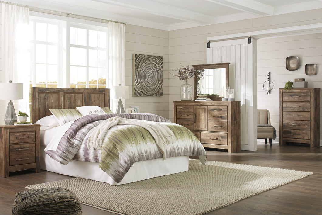 Blavilla Casual Brown Bedroom Set: Queen/Full Panel Headboard, Dresser, Mirror, Nightstand, Chest