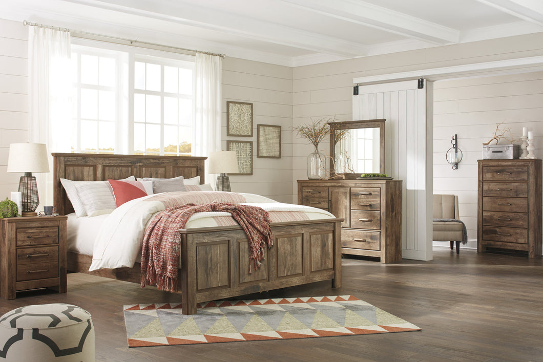 Blavilla Casual Brown Bedroom Set: King Panel Bed, Dresser, Mirror, Nighstand, Chest