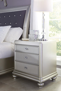 Coralayna 3 Drawer Traditional Silver Night Stand