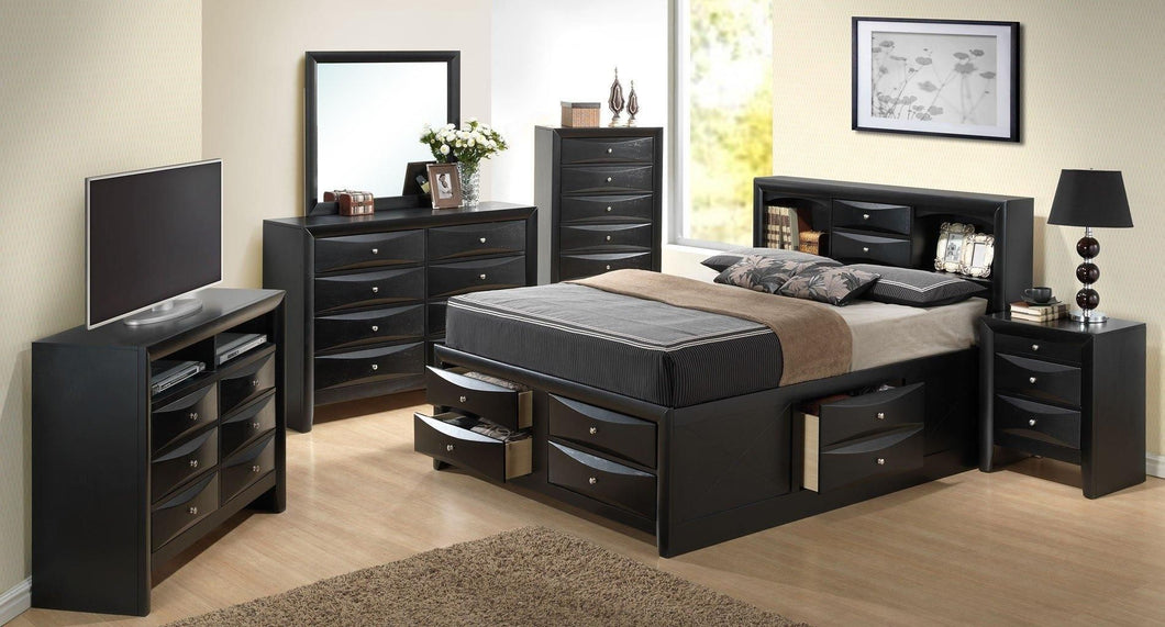 G1500GKSB3NTV 3 Piece Set including King Size Bed, Nightstand and Media Chest in Black