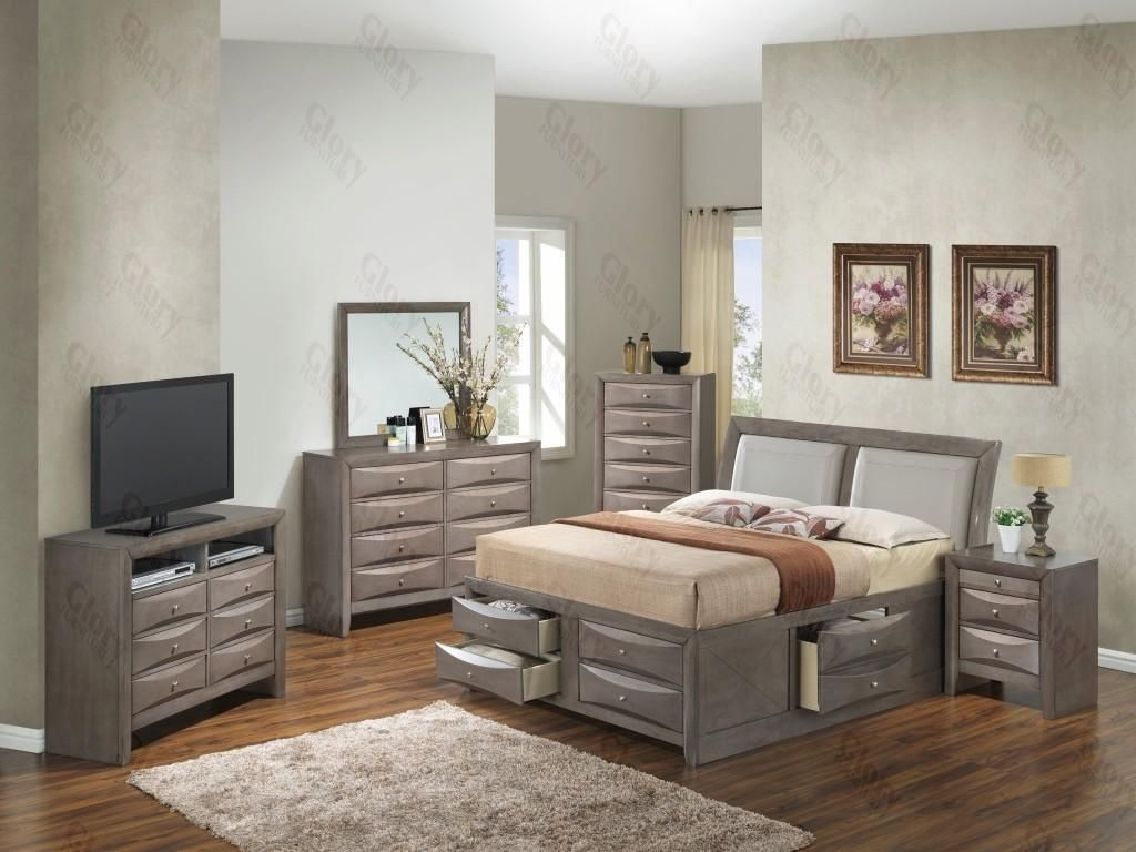 G1505IKSB4NTV2 3 Piece Set including King Size Bed, Nightstand and Media Chest in Gray