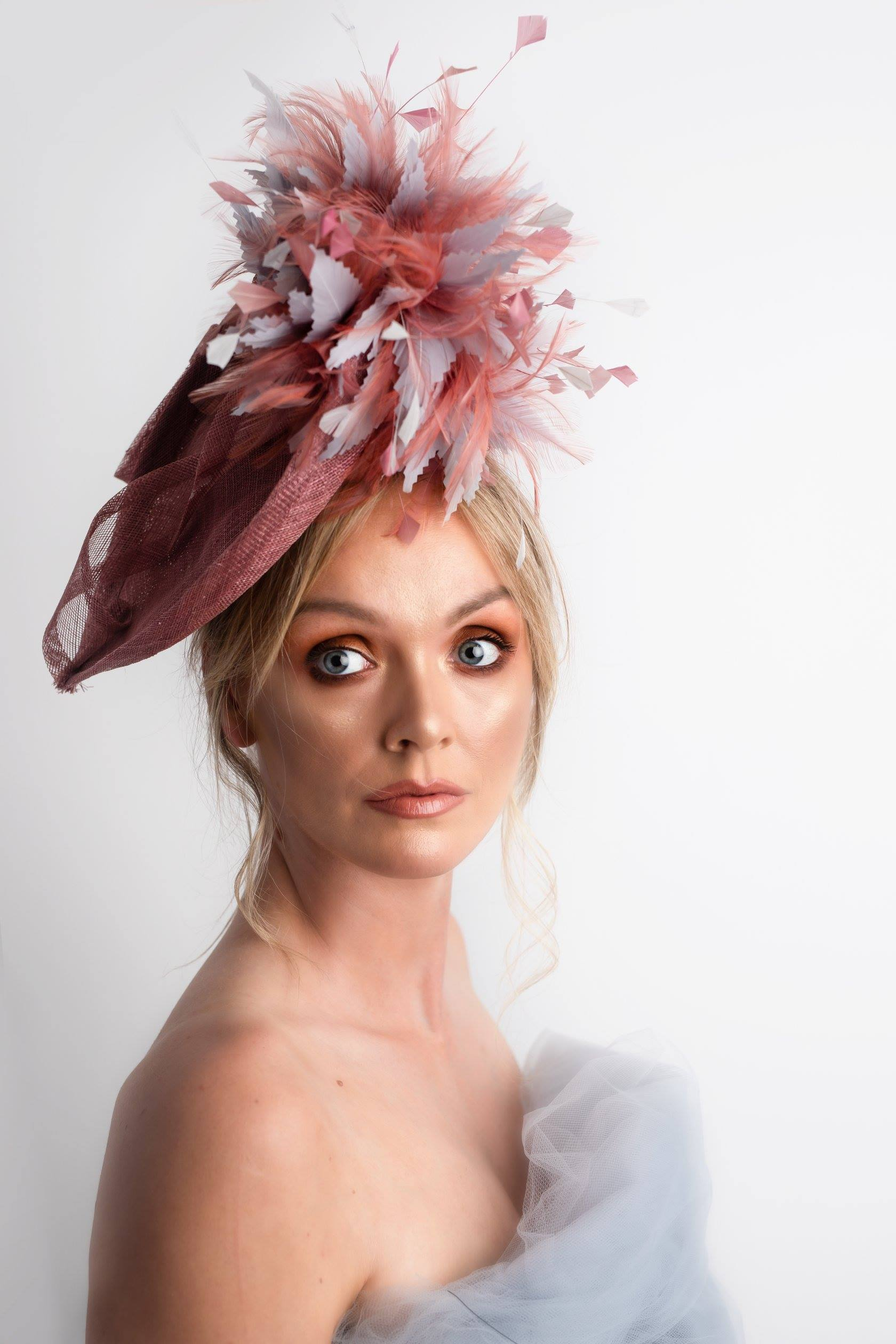 Dark Dusky Pink Tear Drop Fascinator