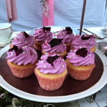 Load image into Gallery viewer, Cup Cakes
