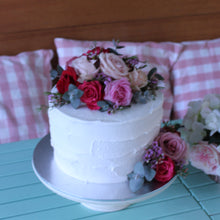 Load image into Gallery viewer, Gluten Free Buttercream Iced With Fresh Flowers