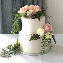 Load image into Gallery viewer, 2 Tier Buttercream with Scatted flowers