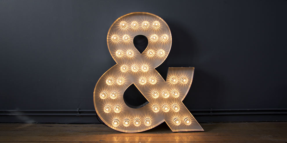 Light up Ampersand