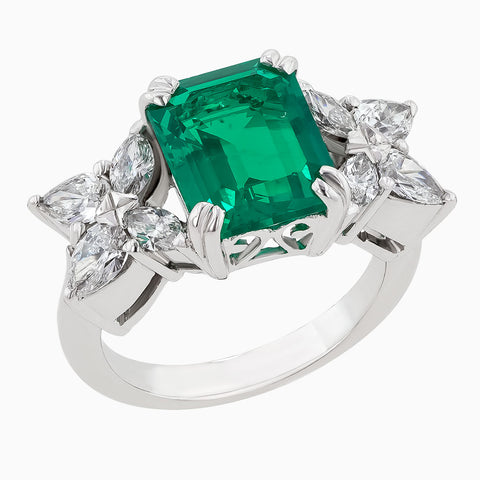 Image for the Diamond & Emerald Ring RRR0169