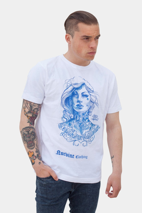 Tattooed Girl (For Men) T-Shirt Norvine