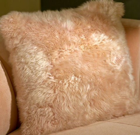 Long Wool Pale Rose Pillow 20