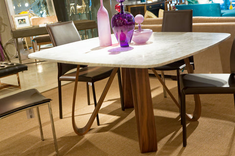 Butterfly Dining Table With White Marble Top - Tonin Casa