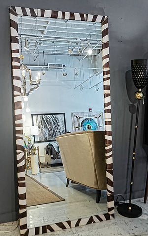 Oliver Mirror XL - Oly Studio