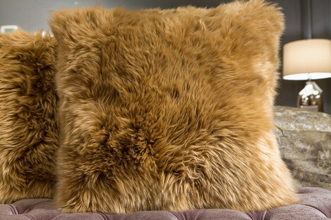 Long Wool Pillow, Toffee 20