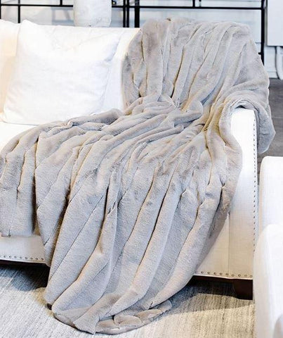 Posh Throw - Fabulous Furs