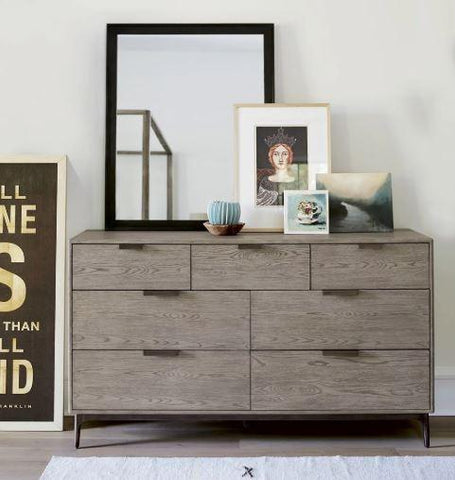 Lawson Dresser - Universal Furniture
