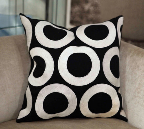 Chelsea Black/White 22x22 Pillow - V Rugs and Home