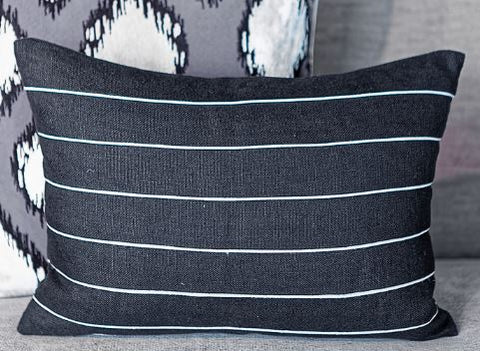 Slubby Linen Micro Piping Pillow - 14x20 - Ryan Studio